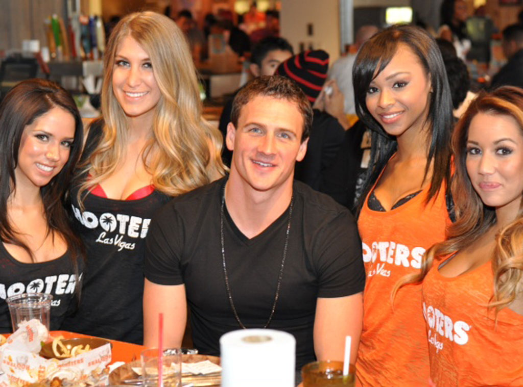 Ryan Lochte, Hooters