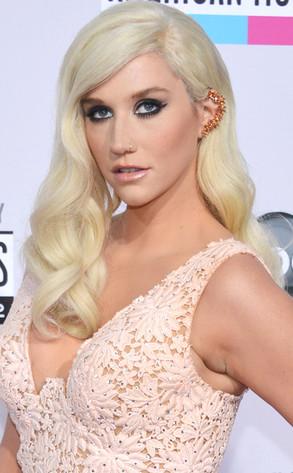 Kesha, AMA's