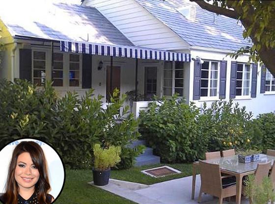 Miranda Cosgrove, Home