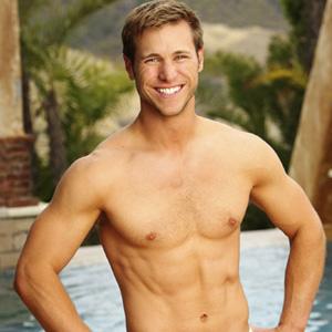 Jake Pavelka, The Bachelor Pad
