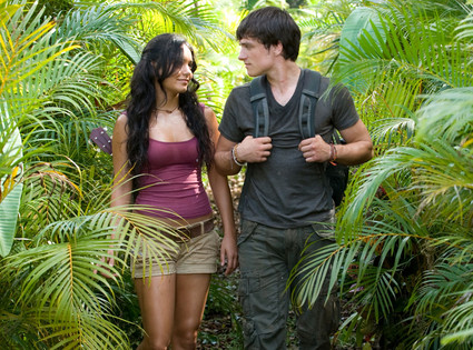 Journey 2 The Mysterious Island, Vanessa Hudgens, Josh Hutcherson