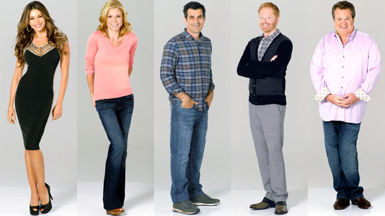 Naked Alert! Modern Family Star Showing Almost Everything