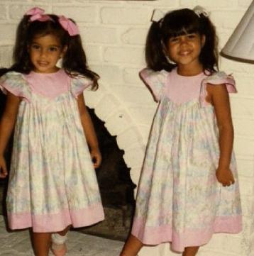 Kim y Kourtney niñas