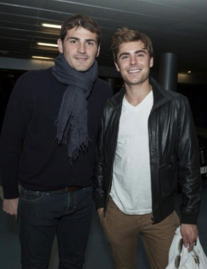 Zac Efron, Casillas