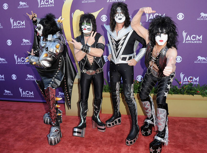 Country Music Awards, Gene Simmons, Eric Singer, Tommy Thayer, Paul Stanley, Kiss