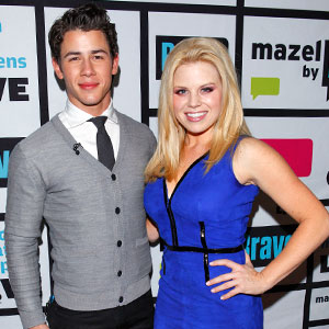 Nick Jonas, Megan Hilty