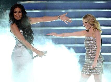 American Idol Finale, Jordin Sparks, Hollie Cavanagh