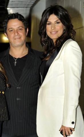 Alejandro Sanz, Raquel Perera