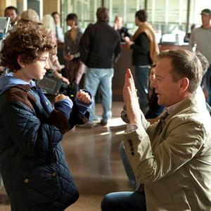 Kiefer Sutherland, David Mazouz, Touch