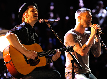 THE VOICE, Tony Lucca, Adam Levine
