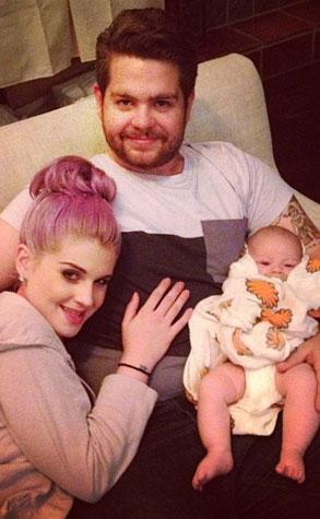 Familienfoto: Kelly und Jack Osbourne mit Baby Pearl E
