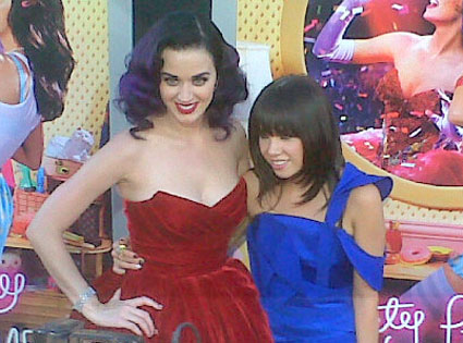 Katy Perry, Twitter