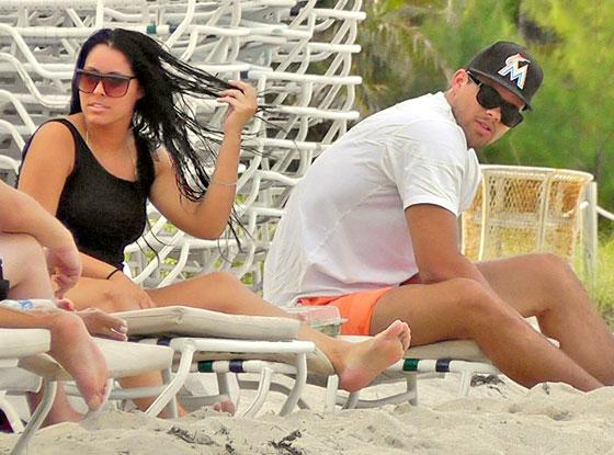 Kris Humphries, Fatmire Myla Sinanaj