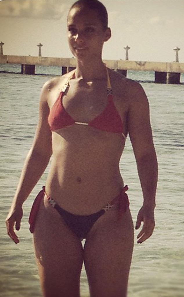 Alicia Keys from Bikini Gallery | E! News