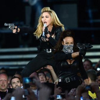 Madonna, arma