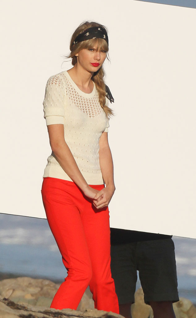 Check Out Taylor Swift S Red Hot Style E Online