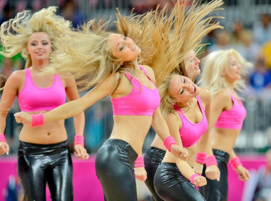 Cheerleaders, Olympics