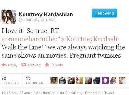 Kourtney Kardashian, Pregnancy, Twitter