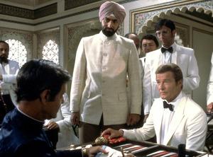 Octopussy, Roger Moore, James Bond