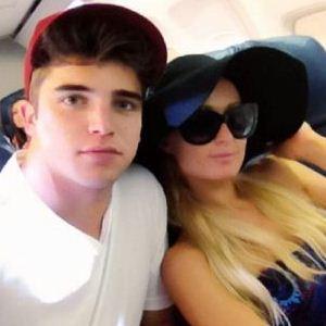 Paris Hilton and River Viiperi twitter