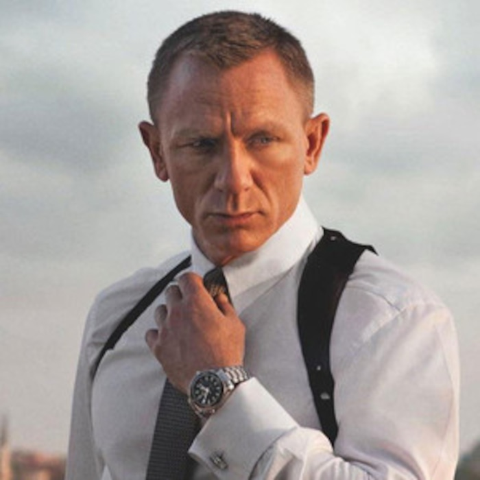 75d8c91cd8 James Bond Daniel Craig Looks Fantastic in His Underwear! and Five More  Secrets of Dressing 007 | E! News France