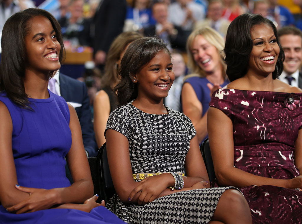 Malia Obama, Sasha Obama, First lady Michelle Obama