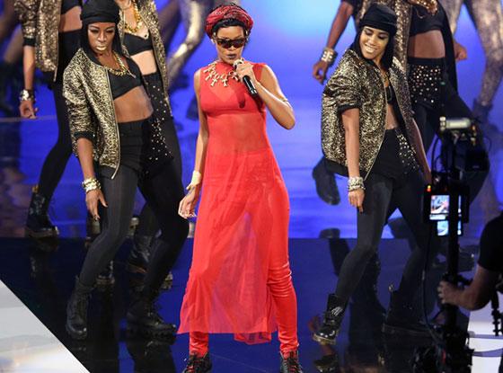 Rihanna, MTV Video Music Awards 2012