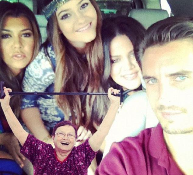 Keeping Up With Kardashians, Twit Pic