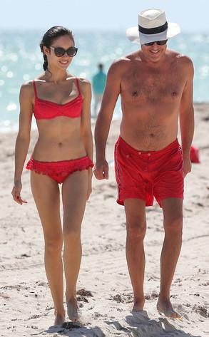 Miami Auto Show >> La foto in bikini del giorno: Olga Kurylenko è una Bond girl a Miami | E! News