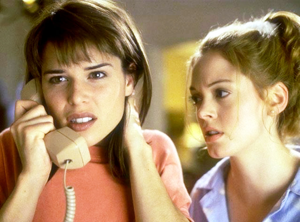 Neve Campbell, Rose McGowan, Scream