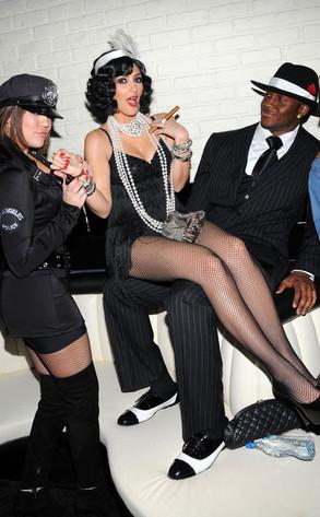 Kim Kardashian, Khloe Kardashian, Reggie Bush