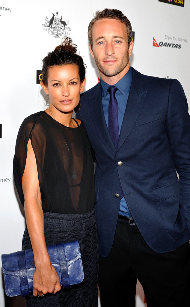 Are alex o laughlin and malia jones still dating after 5