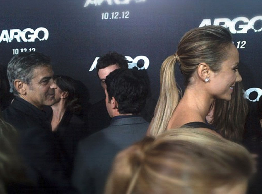 Argo Premiere, Twit Pic