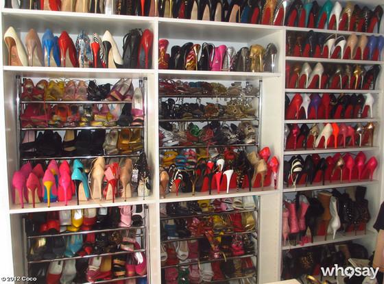 Coco, Heels, Twit Pic