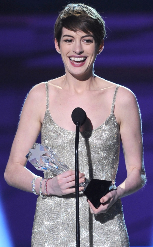 Anne Hathaway, Critics Choice Awards