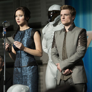 Jennifer Lawrence, Josh Hutcherson, The Hunger Games, Catching Fire