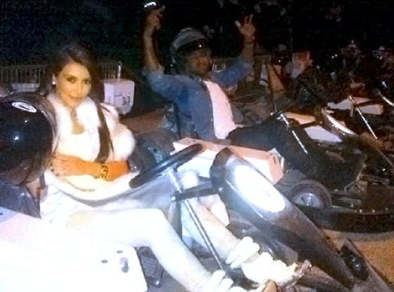 Kim Kardashian, Kanye West, Twit Pic