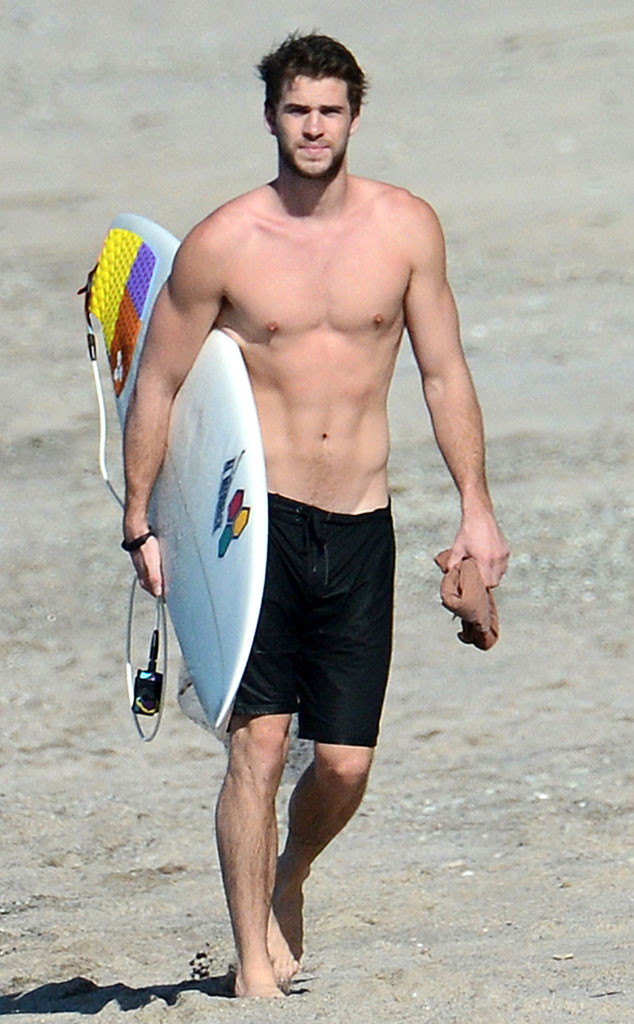 Liam Hemsworth, Shirtless
