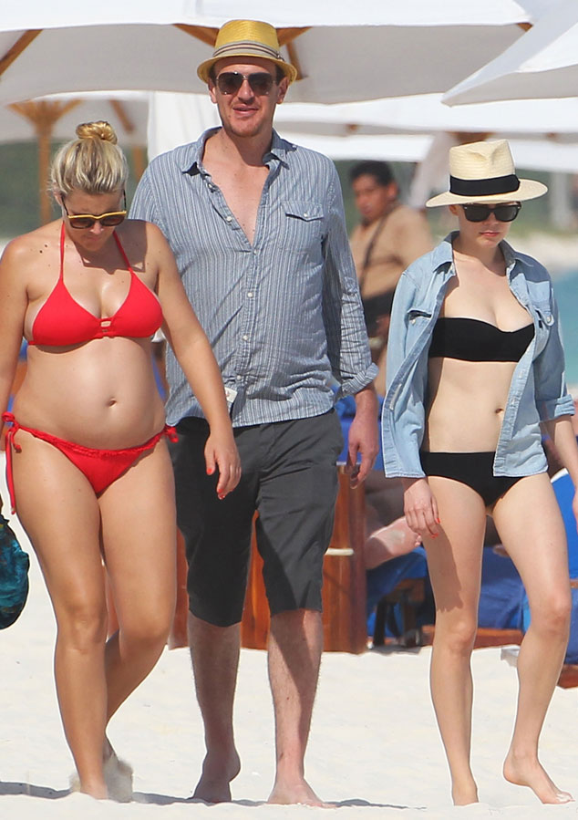 Busy Philipps, Jason Segel, Michelle Williams
