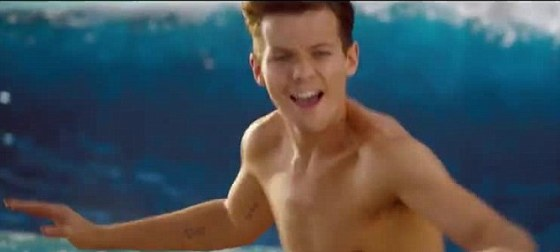 One Direction, Kiss You