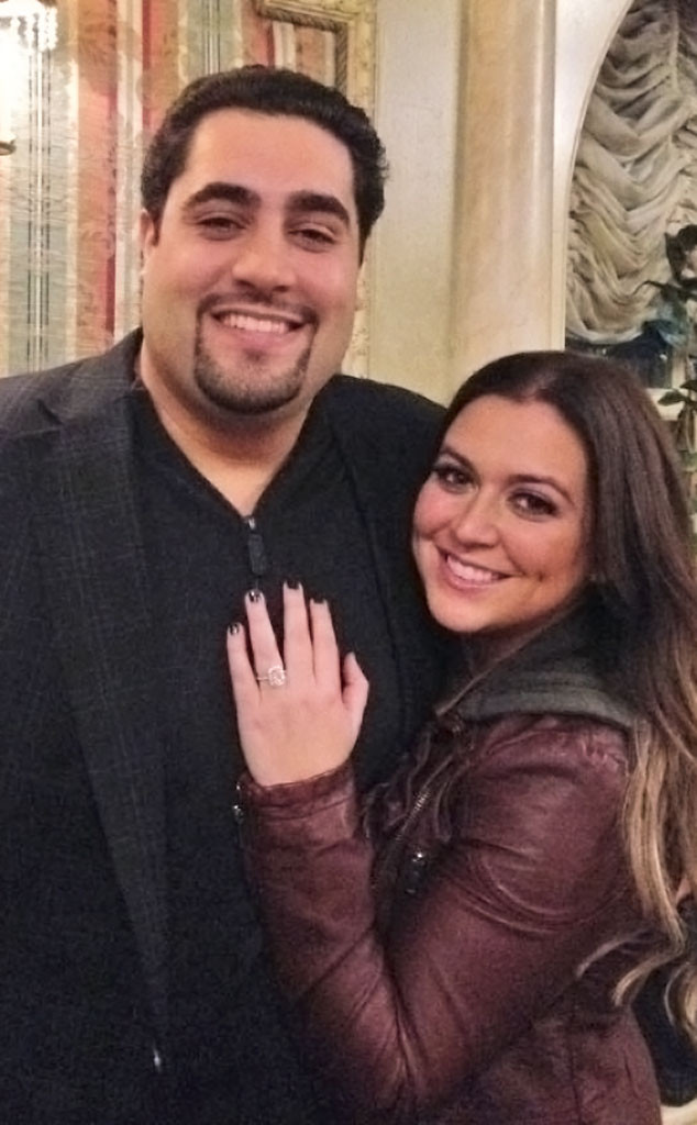 Lauren Manzo, Engagement Ring