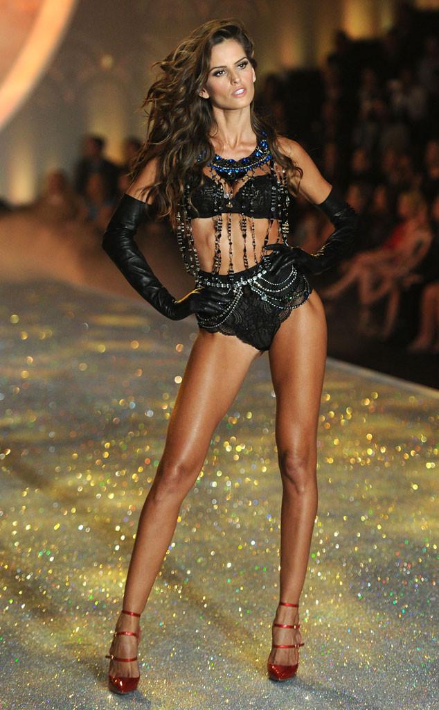 Izabel Goulart, Victoria's Secret Fashion Show