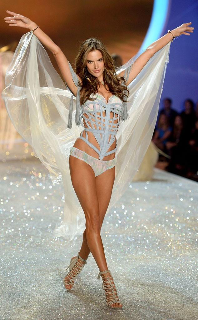 Alessandra Ambrosio, Victoria's Secret Fashion Show
