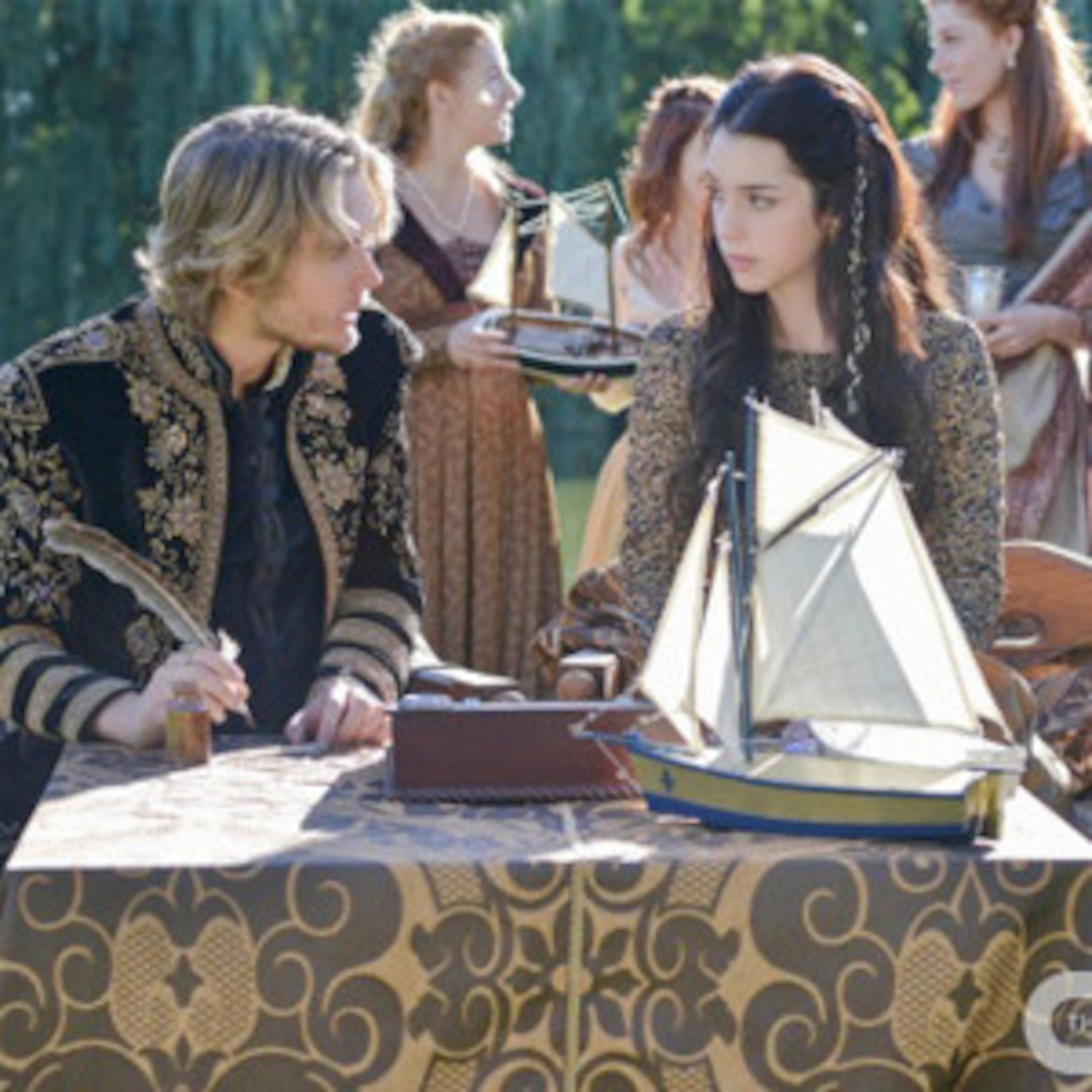 Reign Sneak Peek: Mary Must Choose to Save Francis