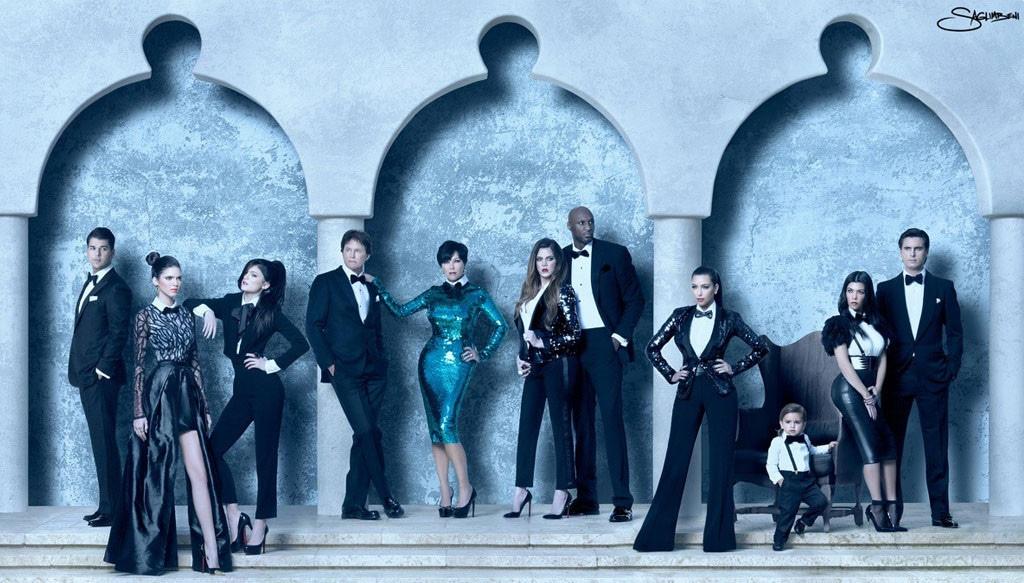 The Kardashian Christmas Card 2021 Relive Three Decades Of Kardashian Jenner Christmas Cards E Online