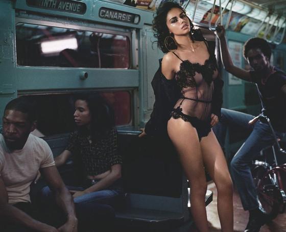 Adriana Lima, Numero