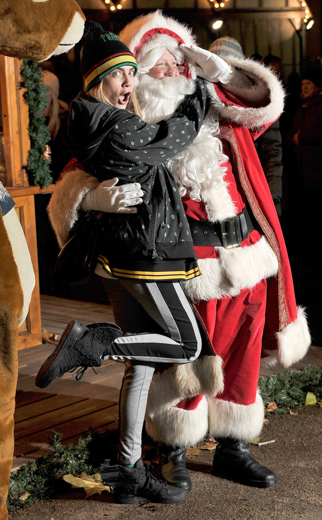 Cara Delevingne, Santa