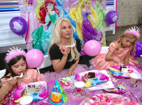 Britney Spears, Birthday, Ellen Show, Sophia Grace, Cake