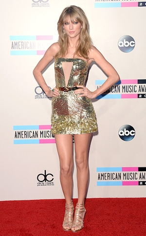 Taylor Swift, 2013 American Music Awards