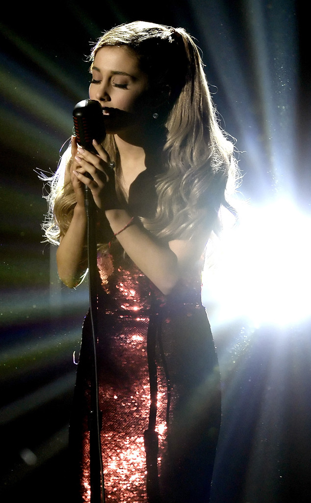 Ariana Grande, 2013 American Music Awards Performances